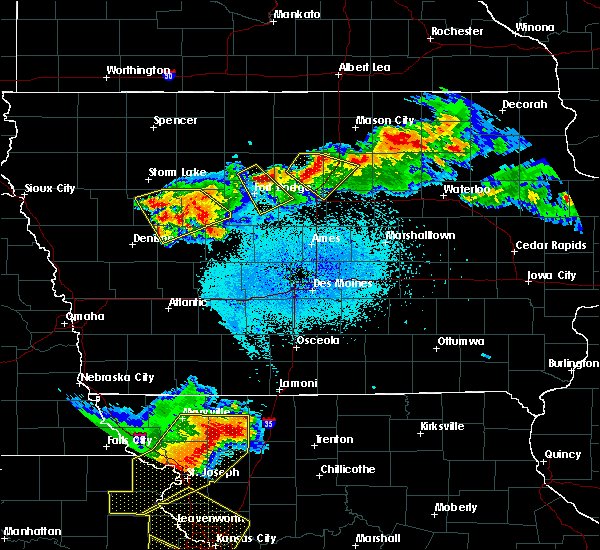 Radar Image for Severe Thunderstorms near Lehigh, IA at 6/5/2020 3:03 AM CDT