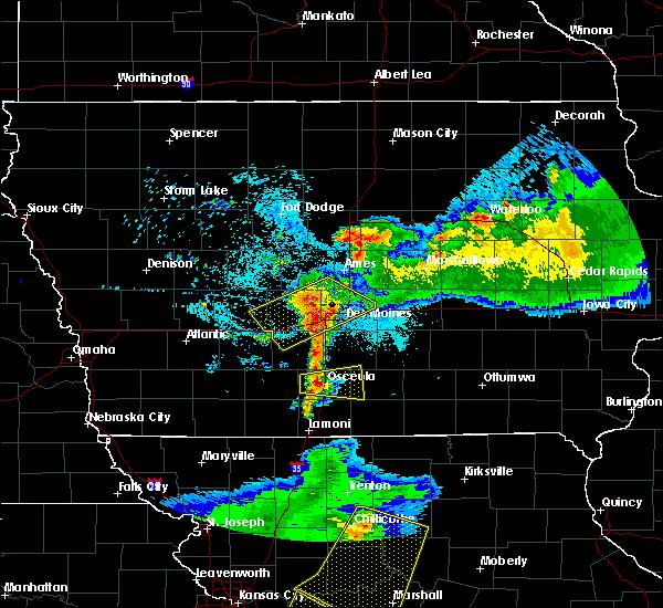 Radar Image for Severe Thunderstorms near Osceola, IA at 6/5/2020 4:52 AM CDT
