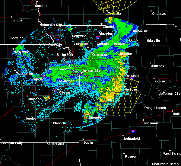 Radar Image for Severe Thunderstorms near Clinton, MO at 6/5/2020 5:15 AM CDT