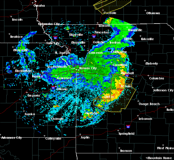 Radar Image for Severe Thunderstorms near Versailles, MO at 6/5/2020 5:34 AM CDT