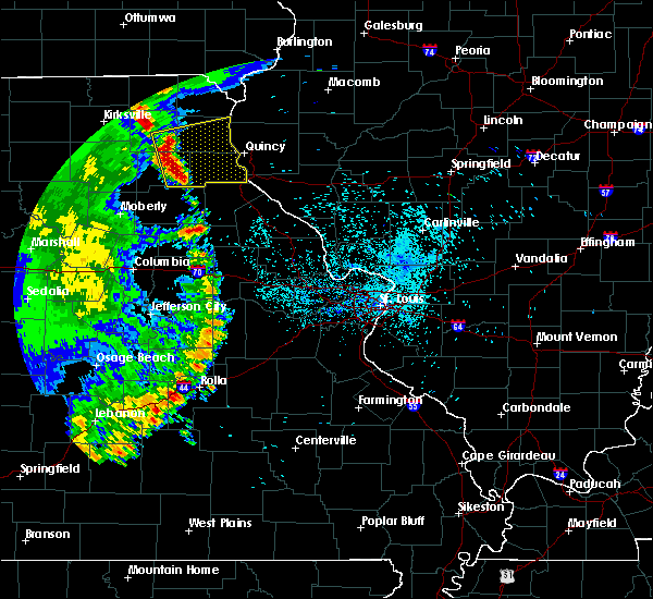 Radar Image for Severe Thunderstorms near La Grange, MO at 6/5/2020 7:15 AM CDT