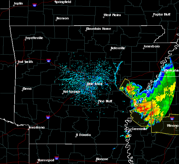 Radar Image for Severe Thunderstorms near Boyle, MS at 6/5/2020 4:17 PM CDT