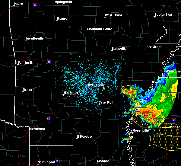 Radar Image for Severe Thunderstorms near Boyle, MS at 6/5/2020 4:28 PM CDT