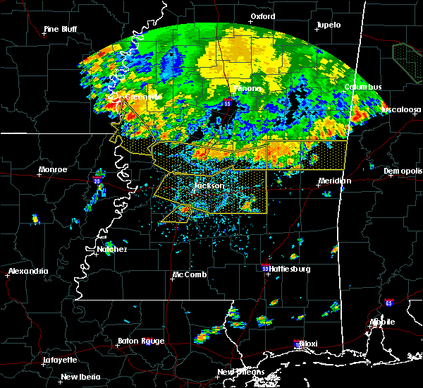 Radar Image for Severe Thunderstorms near Newton, MS at 6/5/2020 6:01 PM CDT