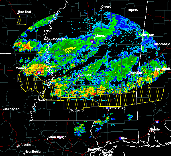 Radar Image for Severe Thunderstorms near New Hebron, MS at 6/5/2020 7:54 PM CDT