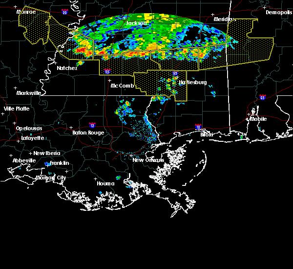 Radar Image for Severe Thunderstorms near Glendale, MS at 6/5/2020 8:04 PM CDT