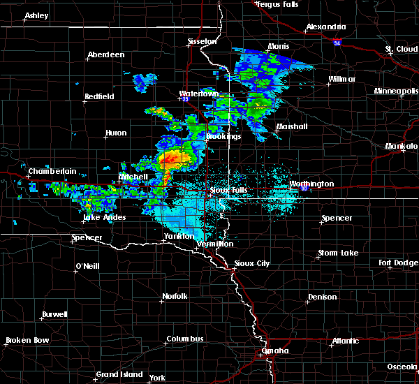 Radar Image for Severe Thunderstorms near Chester, SD at 6/6/2020 6:04 PM CDT