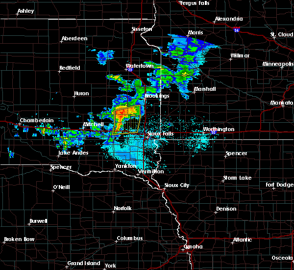 Radar Image for Severe Thunderstorms near Chester, SD at 6/6/2020 6:13 PM CDT
