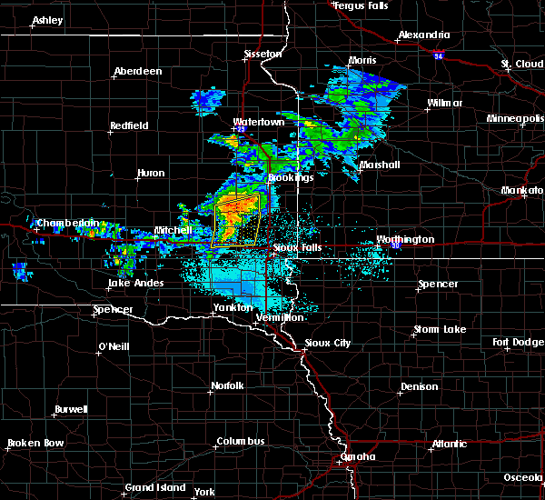 Radar Image for Severe Thunderstorms near Chester, SD at 6/6/2020 6:33 PM CDT