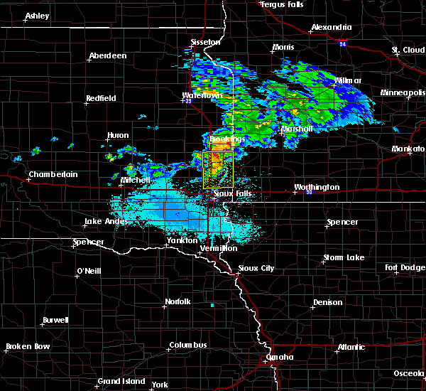 Radar Image for Severe Thunderstorms near Colman, SD at 6/6/2020 7:12 PM CDT