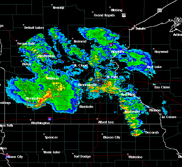 Radar Image for Severe Thunderstorms near Fairfax, MN at 6/6/2020 9:27 PM CDT