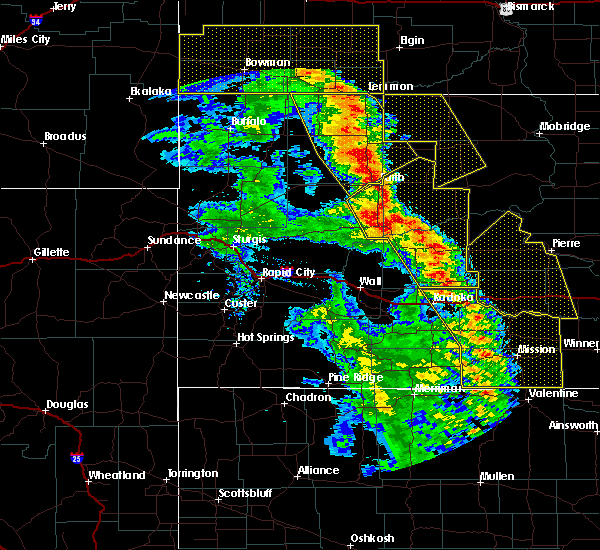Radar Image for Severe Thunderstorms near Green Grass, SD at 6/6/2020 8:39 PM MDT