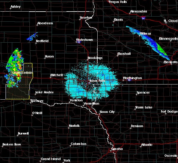 Radar Image for Severe Thunderstorms near Platte, SD at 6/6/2020 11:44 PM CDT