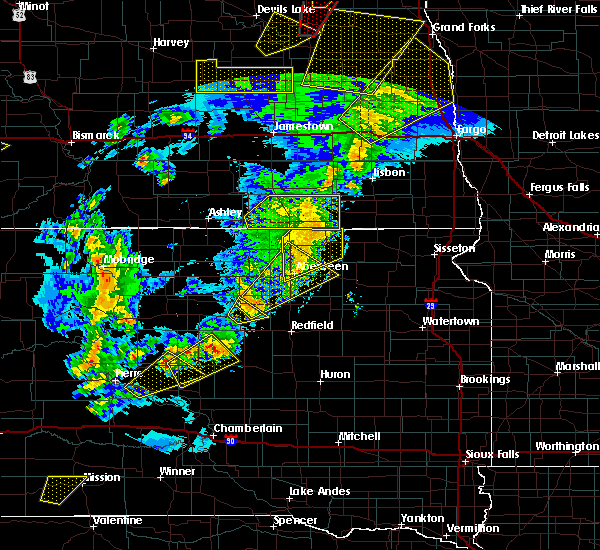 Radar Image for Severe Thunderstorms near Forbes, ND at 6/7/2020 9:00 PM CDT