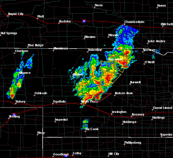 Radar Image for Severe Thunderstorms near Atkinson, NE at 6/8/2020 8:04 PM CDT