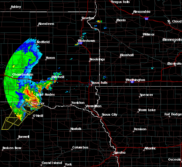 Radar Image for Severe Thunderstorms near Mitchell, SD at 6/8/2020 9:33 PM CDT