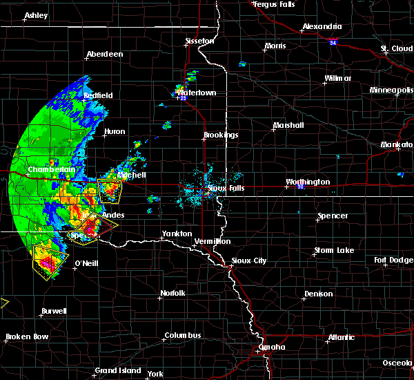 Radar Image for Severe Thunderstorms near Mitchell, SD at 6/8/2020 9:47 PM CDT