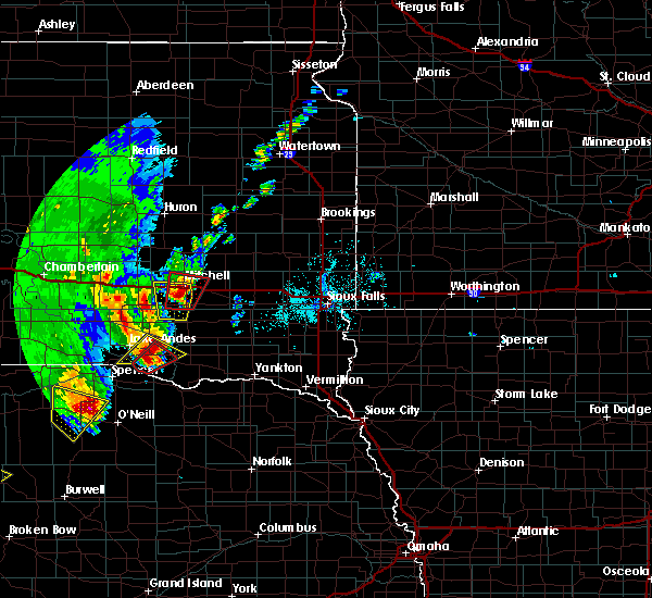 Radar Image for Severe Thunderstorms near Fulton, SD at 6/8/2020 10:00 PM CDT