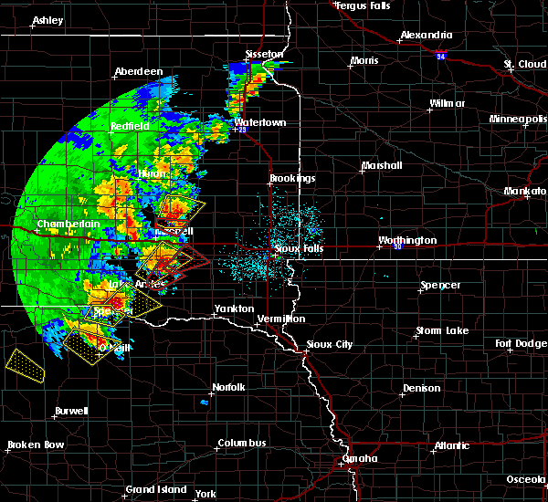 Radar Image for Severe Thunderstorms near Fedora, SD at 6/8/2020 10:57 PM CDT