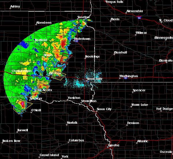 Radar Image for Severe Thunderstorms near Canova, SD at 6/8/2020 11:47 PM CDT