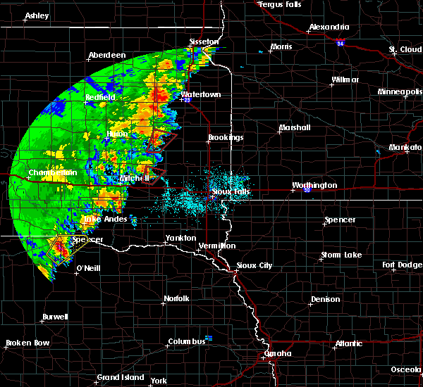 Radar Image for Severe Thunderstorms near Canova, SD at 6/9/2020 12:01 AM CDT