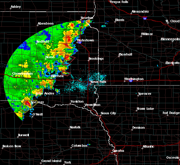 Radar Image for Severe Thunderstorms near Canova, SD at 6/9/2020 12:08 AM CDT