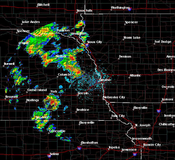Radar Image for Severe Thunderstorms near North Bend, NE at 6/9/2020 4:27 PM CDT