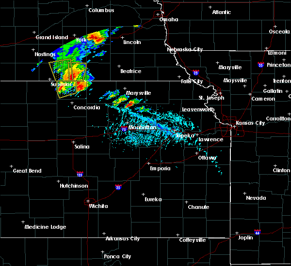 Radar Image for Severe Thunderstorms near Blue Rapids, KS at 6/9/2020 5:31 PM CDT