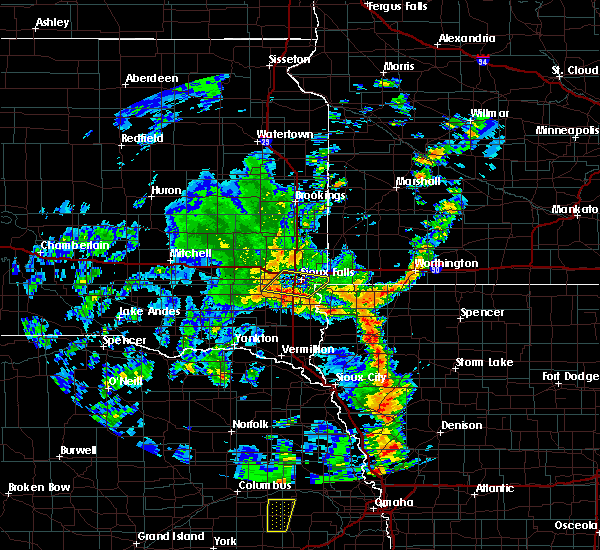 Radar Image for Severe Thunderstorms near Sioux Falls, SD at 6/9/2020 6:39 PM CDT
