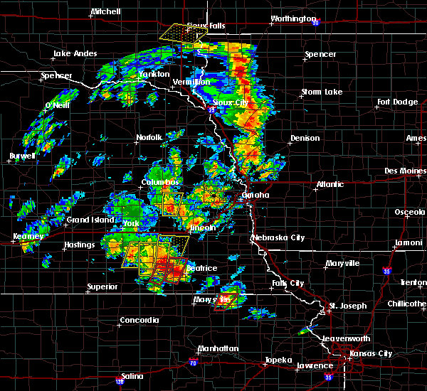 Radar Image for Severe Thunderstorms near Dwight, NE at 6/9/2020 6:44 PM CDT