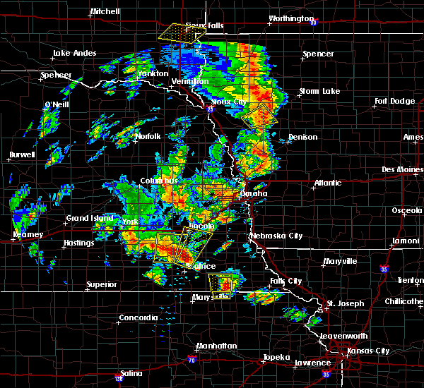 Radar Image for Severe Thunderstorms near Correctionville, IA at 6/9/2020 7:10 PM CDT