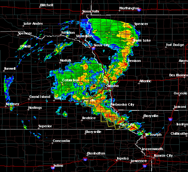 Radar Image for Severe Thunderstorms near Peru, NE at 6/9/2020 7:56 PM CDT