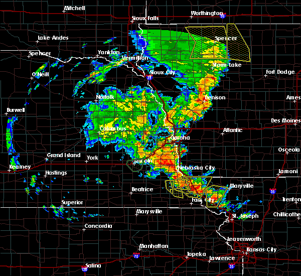 Radar Image for Severe Thunderstorms near Thurman, IA at 6/9/2020 8:28 PM CDT