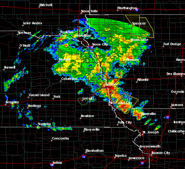 Radar Image for Severe Thunderstorms near Glenwood, IA at 6/9/2020 8:53 PM CDT