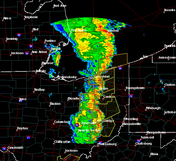 Radar Image for Severe Thunderstorms near Apple Creek, OH at 6/10/2020 8:35 PM EDT