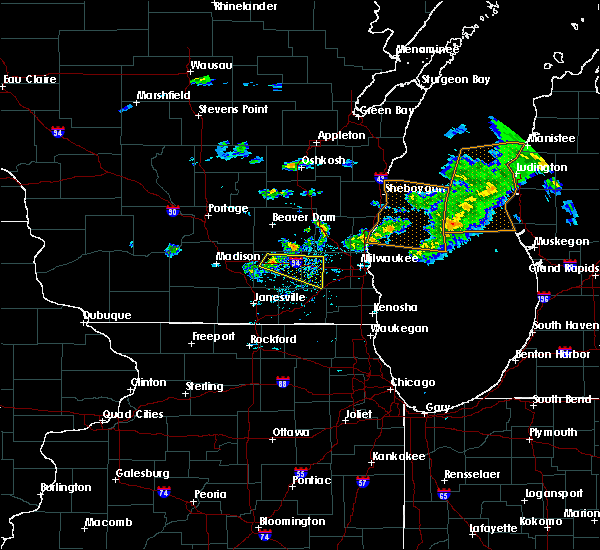 Radar Image for Severe Thunderstorms near Jefferson, WI at 6/11/2020 4:41 PM CDT