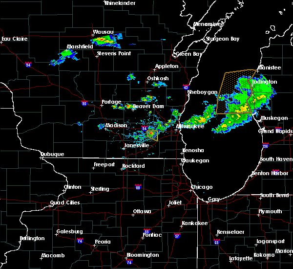Radar Image for Severe Thunderstorms near Wales, WI at 6/11/2020 5:04 PM CDT