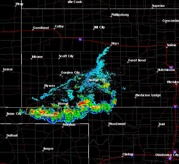 Radar Image for Severe Thunderstorms near Hooker, OK at 6/11/2020 6:32 PM CDT