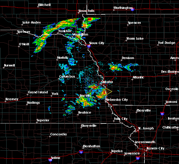 Radar Image for Severe Thunderstorms near Glenwood, IA at 6/18/2020 2:07 PM CDT