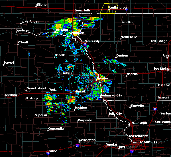 Radar Image for Severe Thunderstorms near California Junction, IA at 6/18/2020 3:04 PM CDT