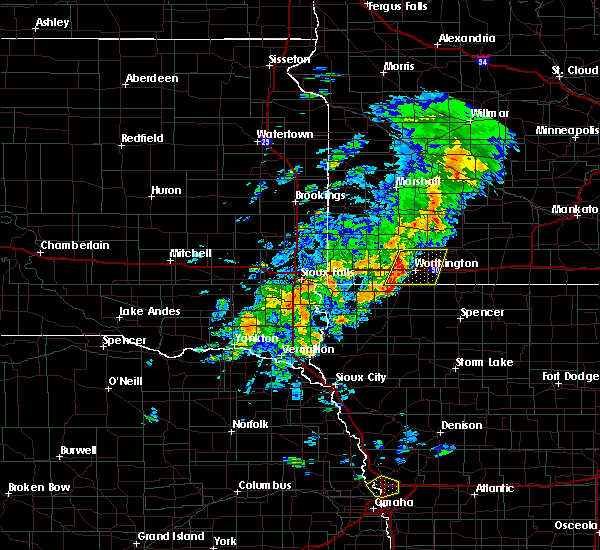 Radar Image for Severe Thunderstorms near Kinbrae, MN at 6/18/2020 3:13 PM CDT