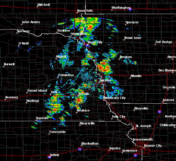 Radar Image for Severe Thunderstorms near Lincoln, NE at 6/18/2020 3:49 PM CDT