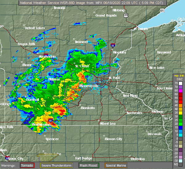 Radar Image for Severe Thunderstorms near Winthrop, MN at 6/18/2020 5:13 PM CDT