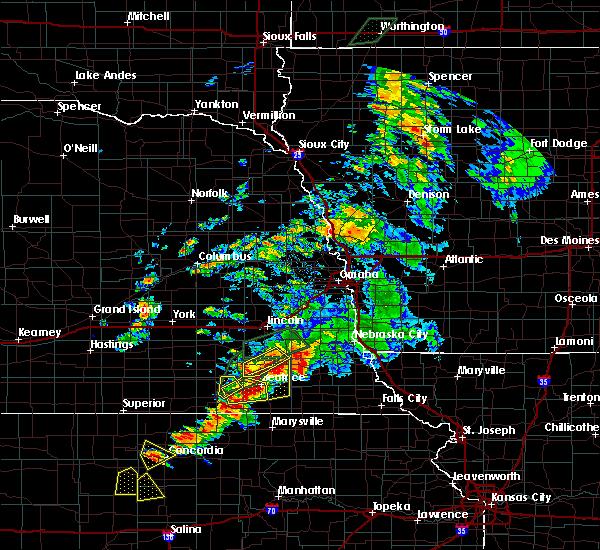 Radar Image for Severe Thunderstorms near Beatrice, NE at 6/18/2020 6:47 PM CDT