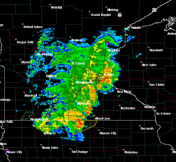 Radar Image for Severe Thunderstorms near Lake Mills, IA at 6/18/2020 7:17 PM CDT