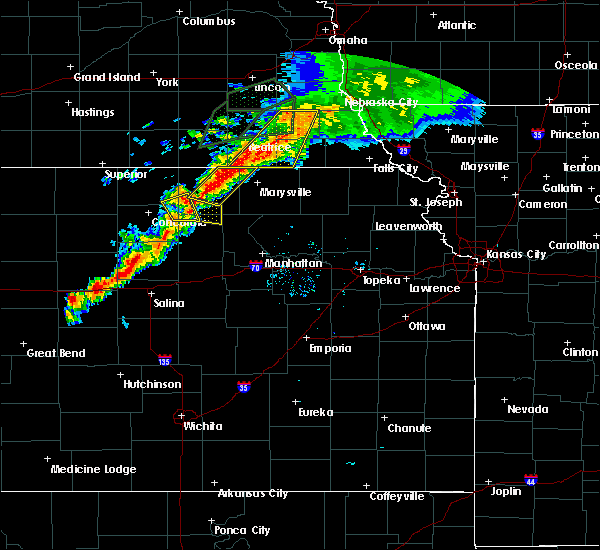 Radar Image for Severe Thunderstorms near Oketo, KS at 6/18/2020 7:45 PM CDT