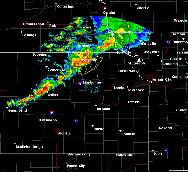 Radar Image for Severe Thunderstorms near Blue Rapids, KS at 6/18/2020 8:44 PM CDT