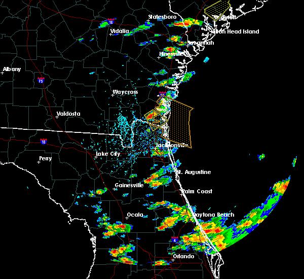 Radar Image for Severe Thunderstorms near Kingsland, GA at 6/19/2020 4:31 PM EDT