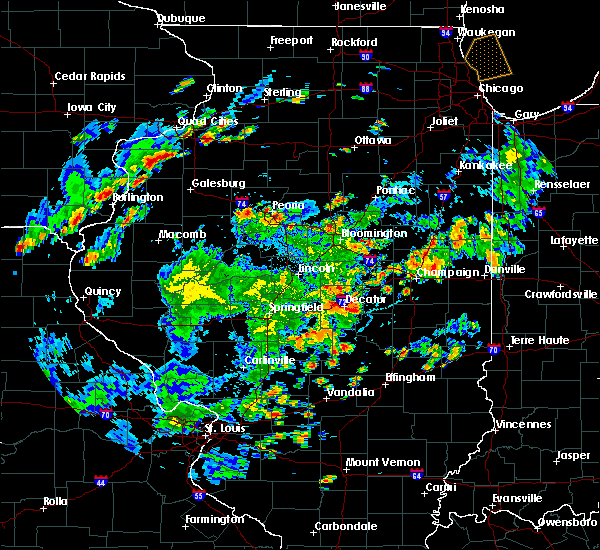 Radar Image for Severe Thunderstorms near East Peoria, IL at 6/20/2020 6:09 PM CDT