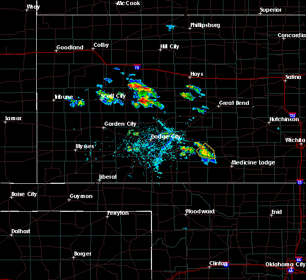 Radar Image for Severe Thunderstorms near Haviland, KS at 6/20/2020 6:14 PM CDT